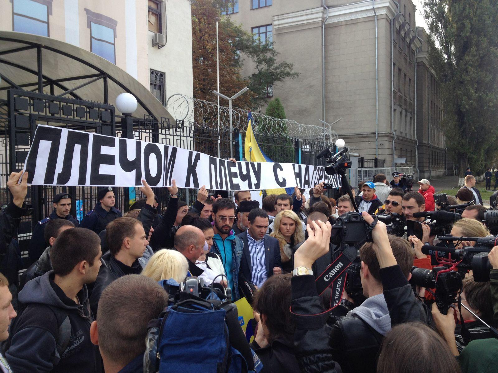 Артисты требуют отпустить арестованного в Москве Тимофея Нагорного